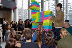 VMC-Media-Xmas-2017-Jeffrey-gotthiel-pinata-300x200 Christmas Family Day 2017